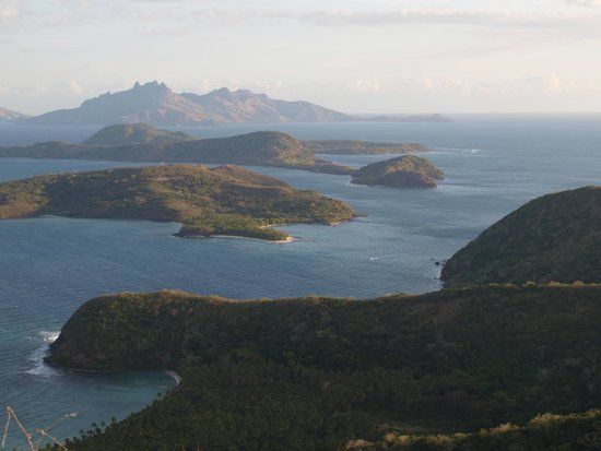 Botaira Resort: View from the top looking towards Manta Ray Channel