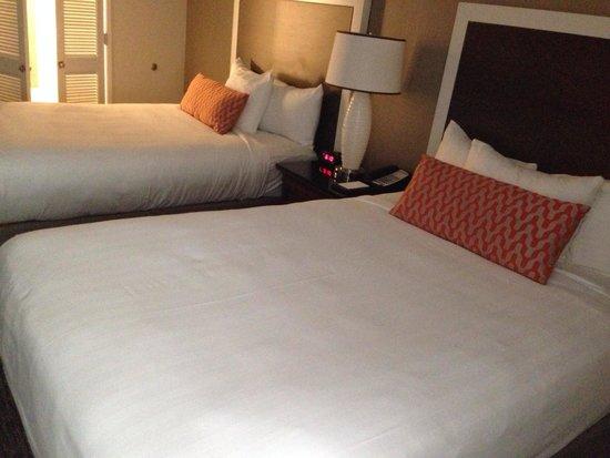 Hyatt Regency Newport Beach: Double bed room