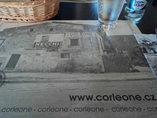 Corleone Restorante Pizzeria Andel: Paper placemats