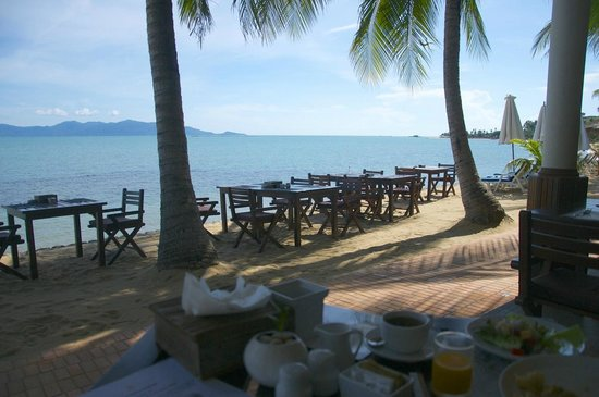 Paradise Beach Resort : View on the beach while having breakfast