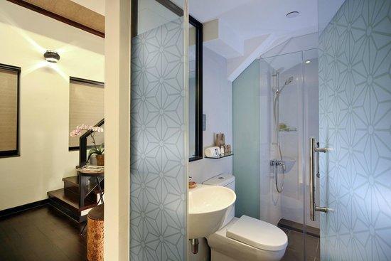 hotel clover 33 Jalan Sultan: Loft Family Toilet