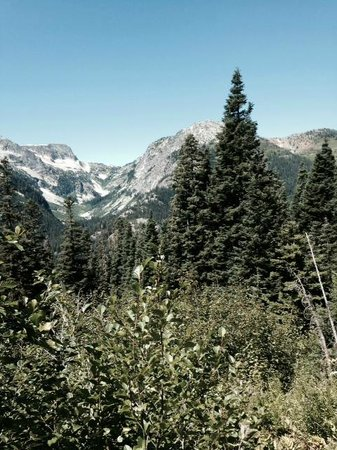 McAlester Pass-Rainbow Lake Loop : The pass to Rainbow Lake