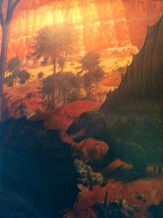 Best Western Denver Southwest: Dinosaur Mural