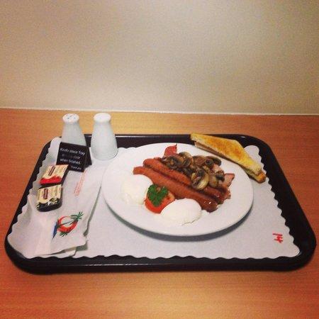 Ascot Lodge Motor Inn Kingaroy: Delicious in room breakfast.