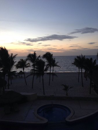 Excellence Riviera Cancun: Sunrise on our first day.