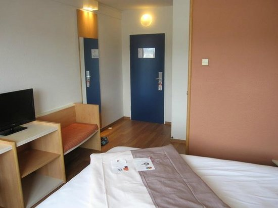 Ibis Graz : The room