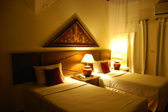 Golden Pine Resort : chambre
