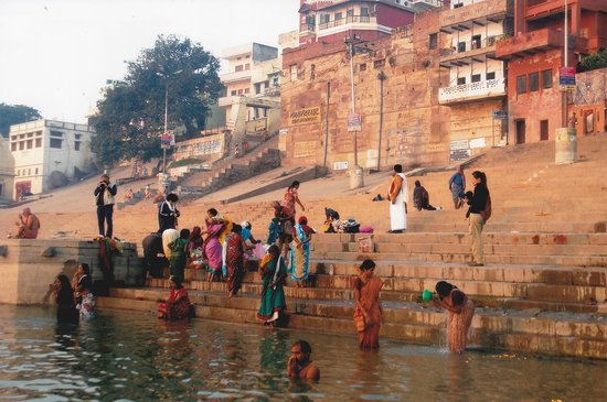 Ganges River: Bathing, washing clothes