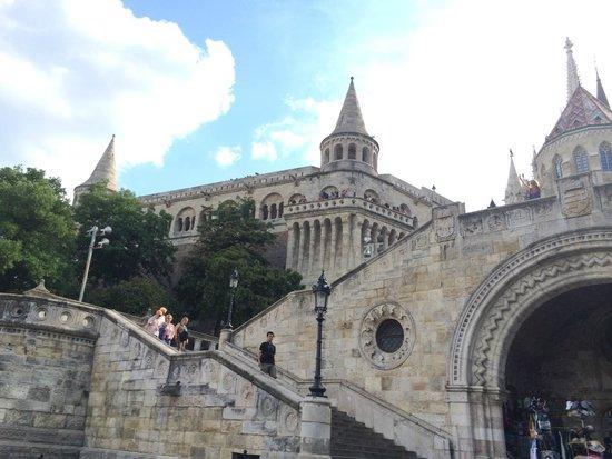 Bastion des pêcheurs : like fairy tale castle