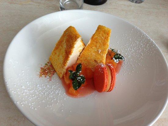 Salsa Bar & Grill: Orange and cinnamon parfait