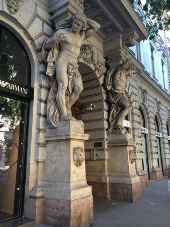 Andrassy Avenue: Armani