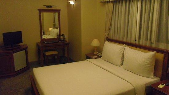 May Hotel: 部屋1