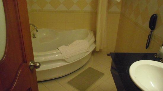 May Hotel: 部屋2