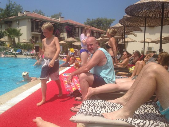 Telmessos Hotel: By gum it warm here