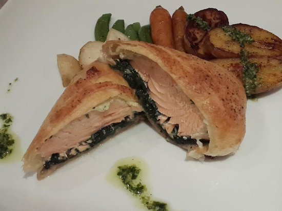 Cafe des Amis : Salmon Wellington (can be pre ordered before you arrive)