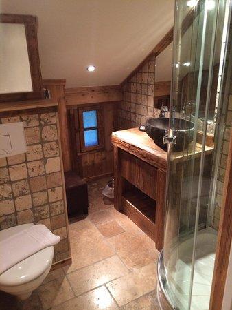 Les Cimes : Ванная комната, #6 под крышей