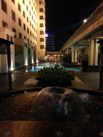 Le Grandeur Mangga Dua : Swimming pool