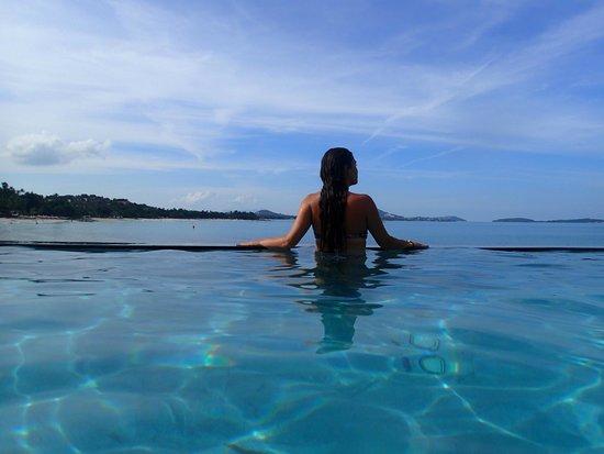 The Sarann: view of beautiful girl in pool