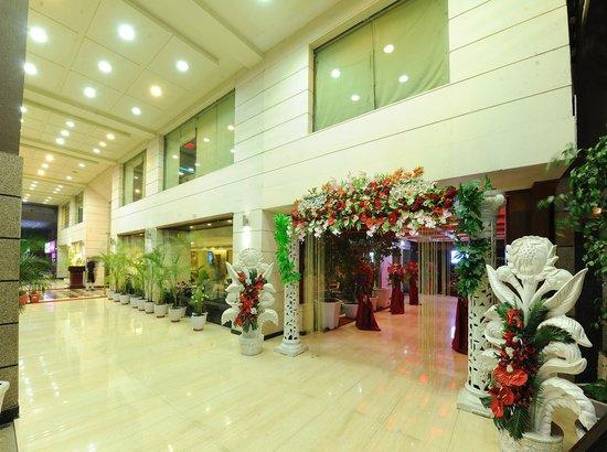 HK Clarks Inn: HOTEL PASSAGE