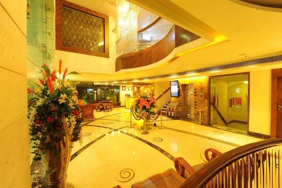 HK Clarks Inn: LOBBY