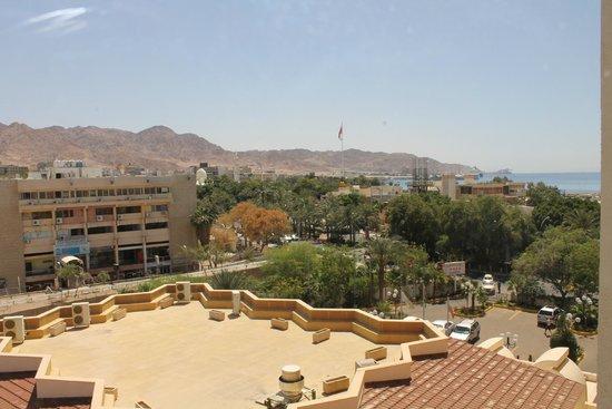 Aqaba Gulf Hotel: вид из нашего окошка