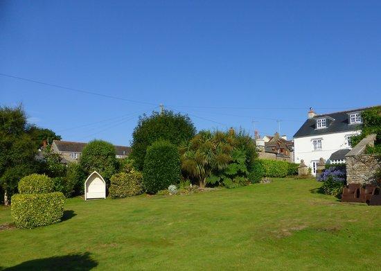 Strete Barton House: Gardenview 2