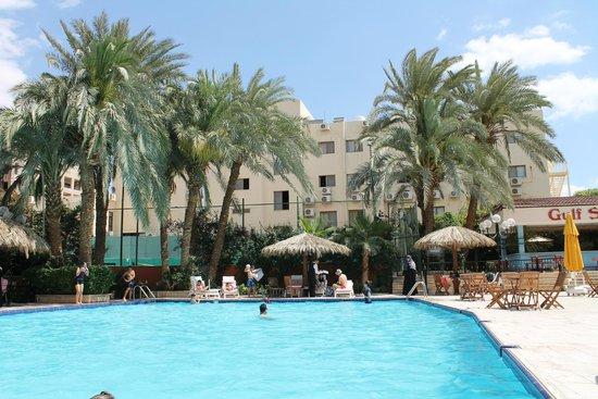Aqaba Gulf Hotel: бассейн