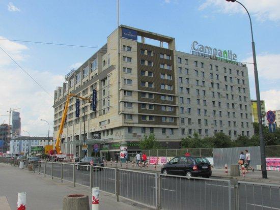 Golden Tulip Warsaw Centre : Hotel building