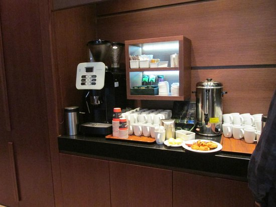 Golden Tulip Warsaw Centre : Breakfast