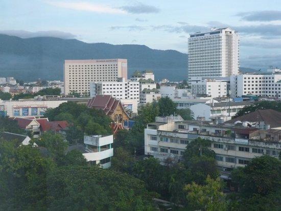 Chiang Mai Plaza Hotel: 七階からの景色