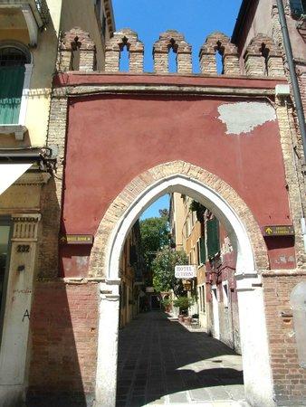 Hotel Guerrini : 目印