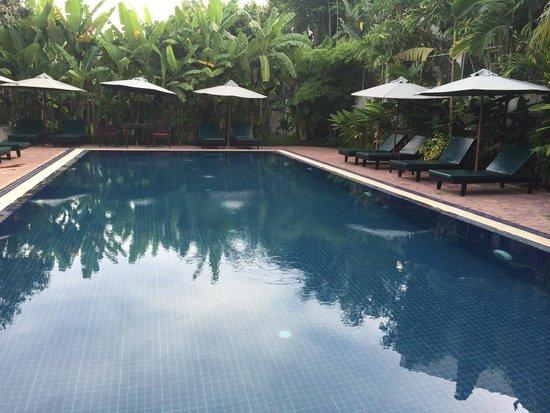 Jayavara Boutique Villa: Swimming pool