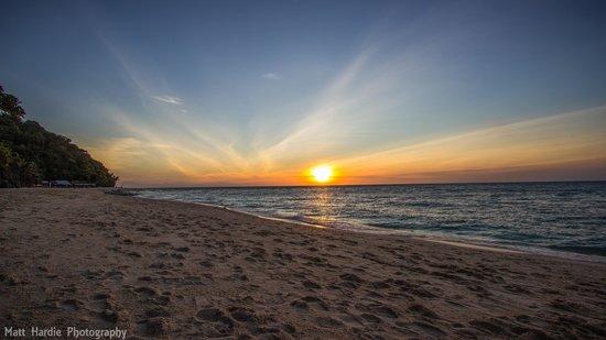 Yapak Beach (Puka Shell Beach): Puka Beach sunset