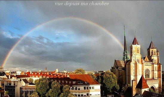 Cathédrale Saint-Bénigne (Dijon Cathedral) : la pluie et le soleil font bon ménage