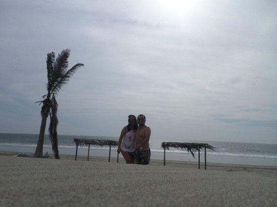 Aquarena Vichayito Mancora Playa: Sol, Mar, Arena, Aire y Amor complemento perfecto