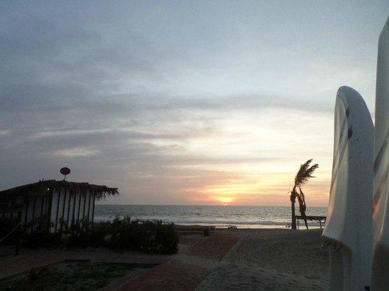 Aquarena Vichayito Mancora Playa: Hermoso Atardecer