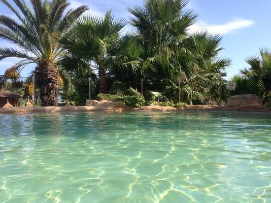 SENTIDO Phenicia: pool bar