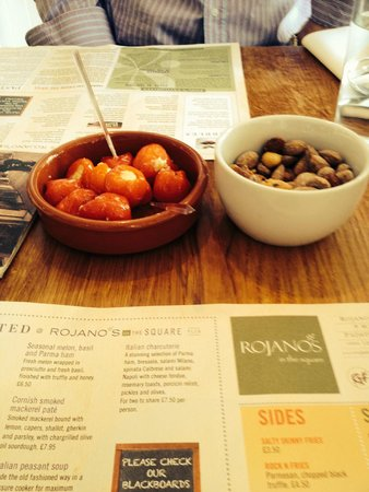Rojano's In The Square: Goats cheese stuffed peppers and spicy nuts