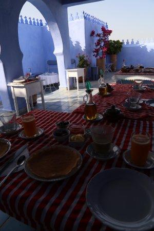Casa Perleta: Desayuno en la terraza de la azotea