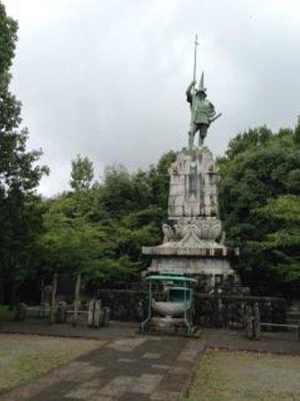 Honmyoji Temple: 加藤清正像
