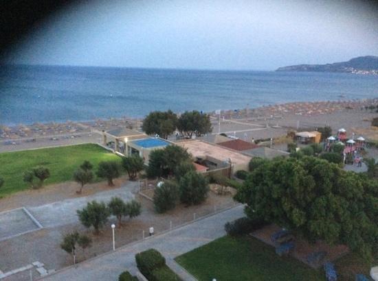 Blue Sea Beach Resort : sea view