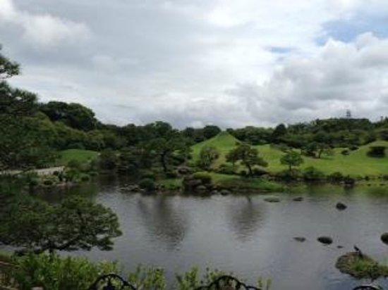 Suizenji Jojuen Garden: こんな感じです