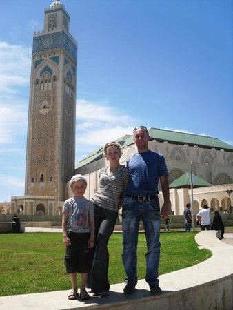 Hassan-II.-Moschee: майский день