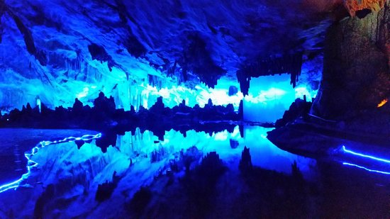 Reed Flute Cave (Ludi Yan): подземное пещерное озеро