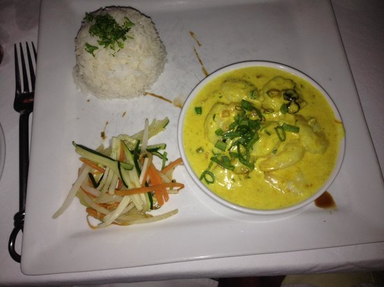 Mai Kai Bora Bora : Coconut Curry Shrimp. Very yummy and wife loved tasting mine!