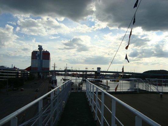 Good Morning+ Goteborg City: panorama dalla nave