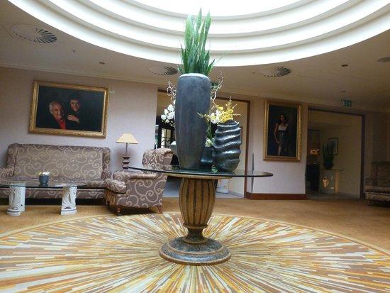 Lindner Hotel Prague Castle : Lobby lounge