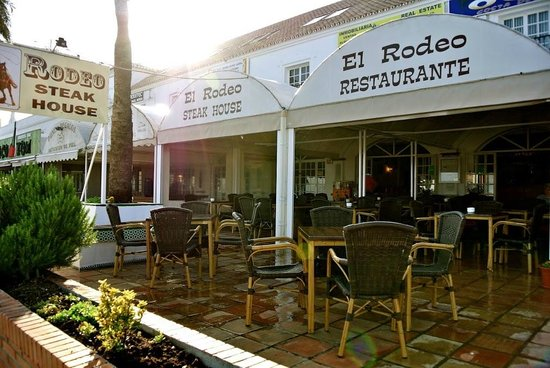Rodeo Steak House: Frontal