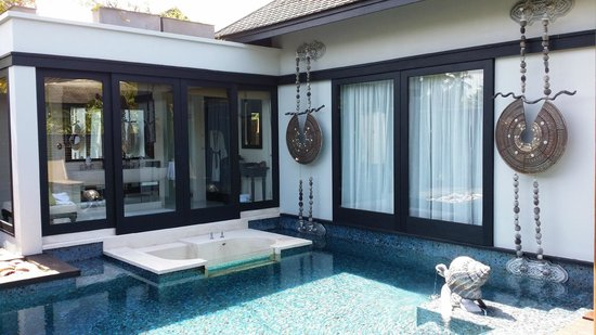 "Anantara Mai Khao Phuket Villas: ""our Villa and pool"""