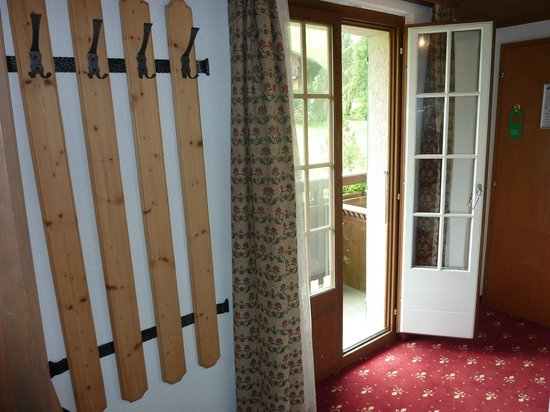 Hotel Gletschergarten : Gletschergarten room 21 hallway